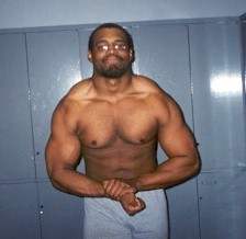 "Curtis Dennis Jr.-- Not only a great powerlifting journalist, but a growing powerlifter who at only 22 years old already tips the scale at 250lbs at 5'11"". Click here to go to Curt's ""Natural Freak"" website!!"